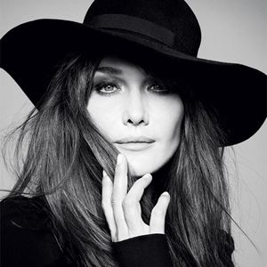 Carla Bruni Un secret Lyrics