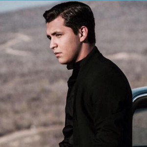 Christian Nodal Lyrics